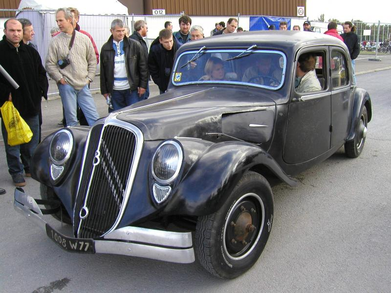 special citro n traction avant 22cv v8. Black Bedroom Furniture Sets. Home Design Ideas